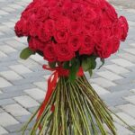 101 trandafiri rosii buchet