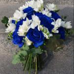 buchet-cu-frezie-si-trandafiri-albastri_3107_1_1554532356.png