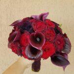 buchet-de-mireasa-cu-cale-si-trandafiri-negri_3063_1_1554231542.jpg