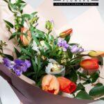 cutie-cu-flori-sampanie-si-praline-2888_2888_1_1521664983.jpg