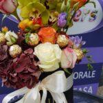 cutie-cu-flori-si-praline-2866_2866_1_1515264033.jpg