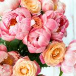 Bujori, alegerea perfectă pentru aranjamente florale prețioase